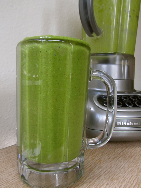 Tropical-ish Kale Smoothie